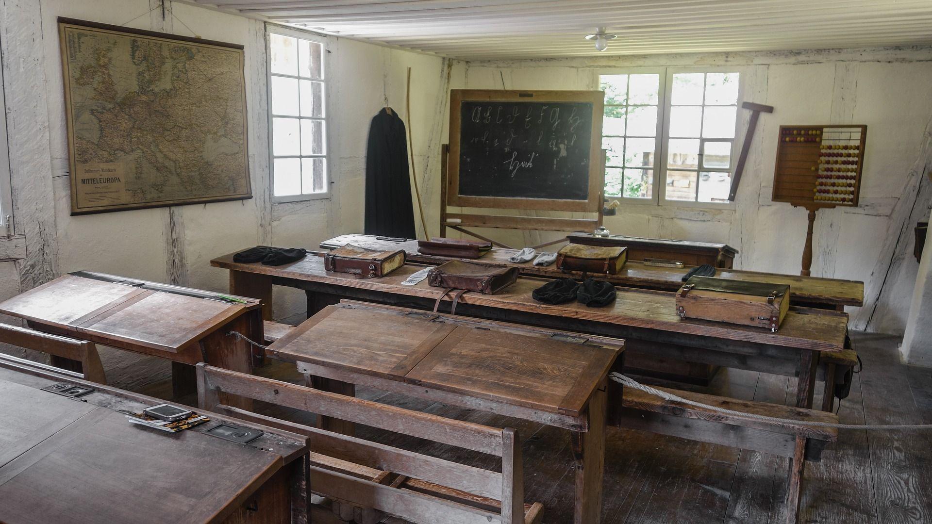 La evolución del mobiliario escolar en las aulas