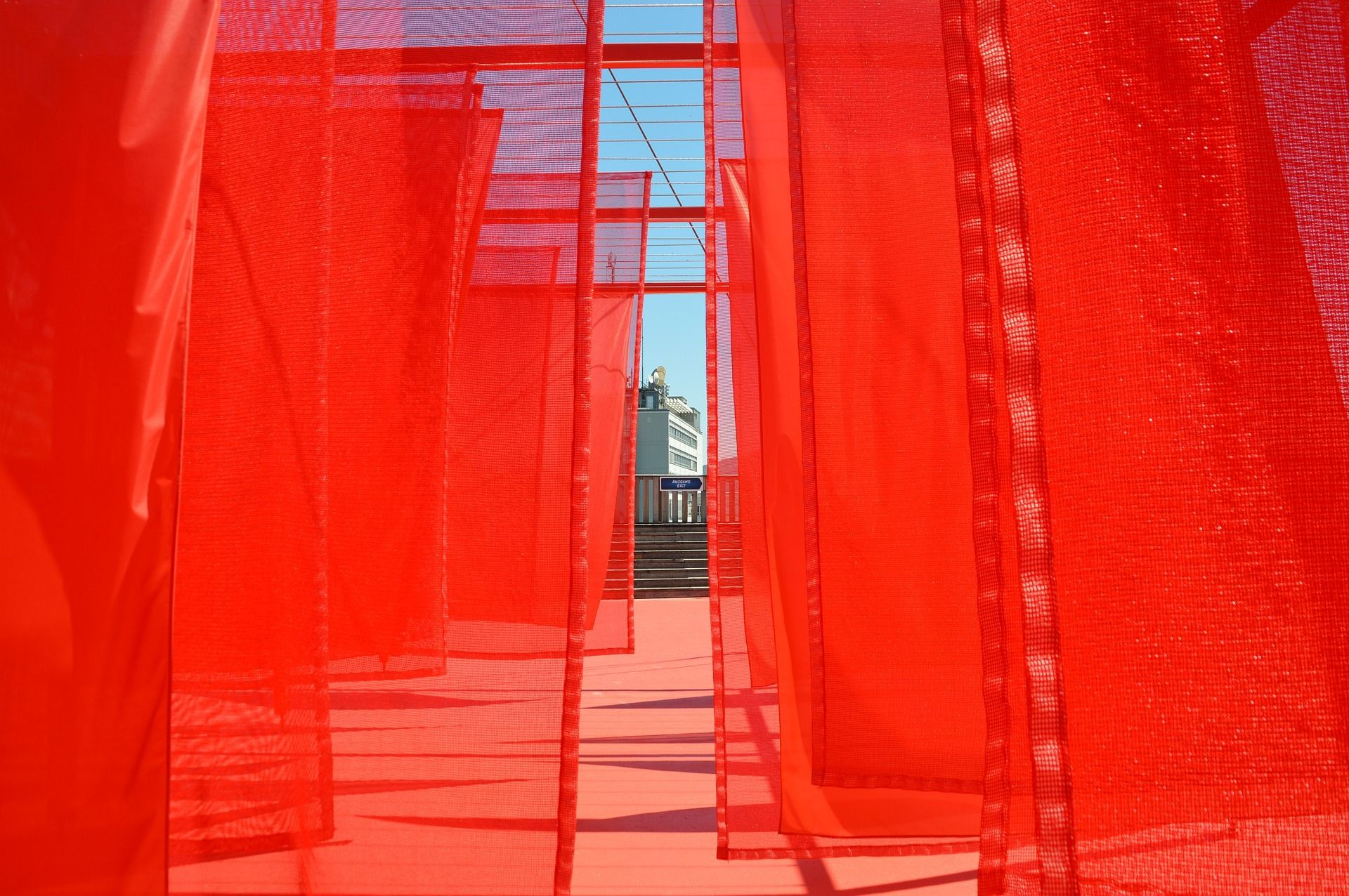 cortina roja panel japones
